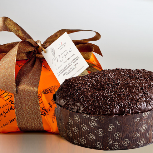 Traditional Panettone with Dark Chocolate Make Italy