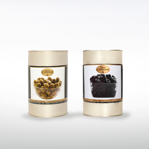 Green Olives Castelvetrano and Black Olive Rings Make Italy